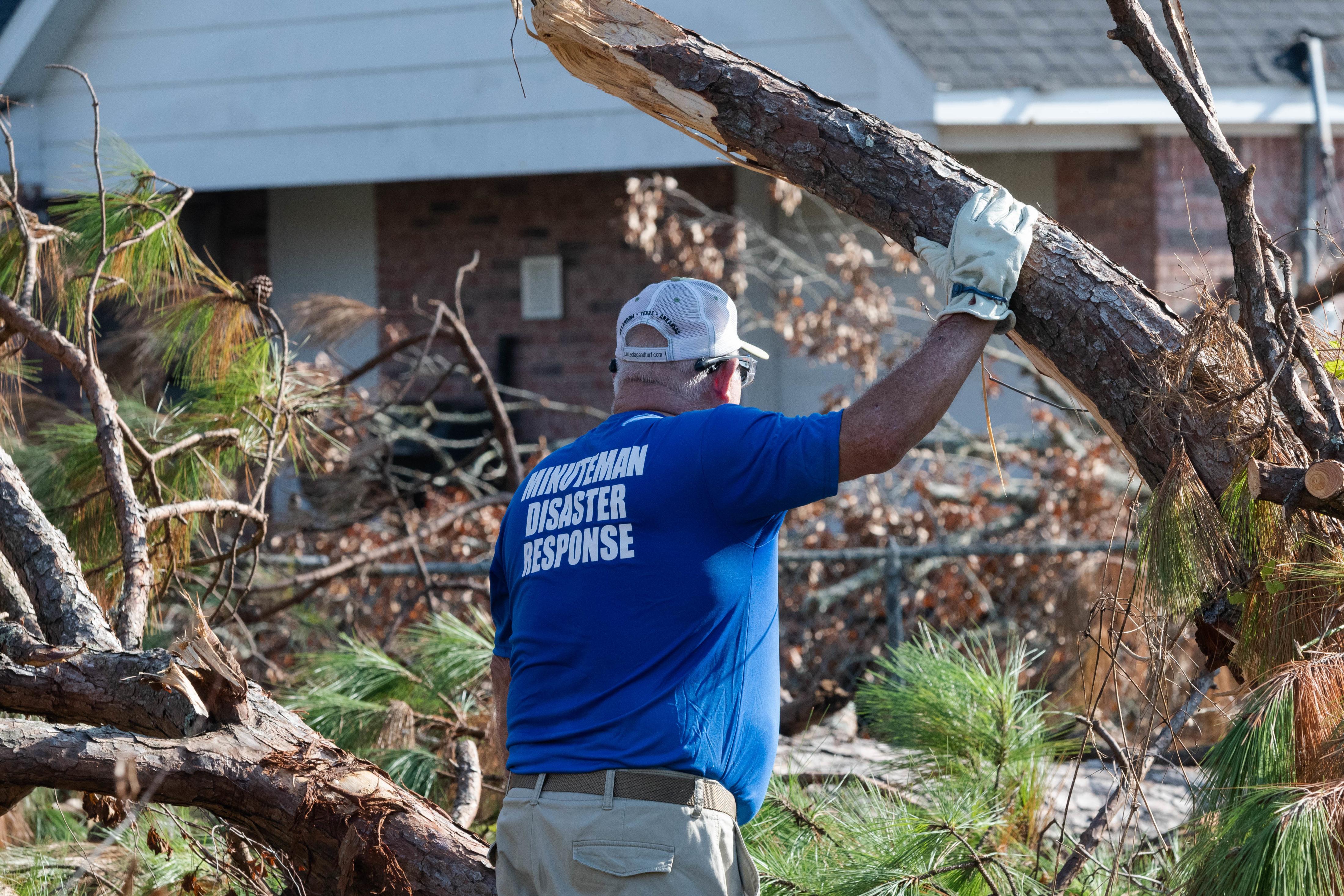 """""""I give Him alone the Praise"""" – Hurricane Laura Update"""